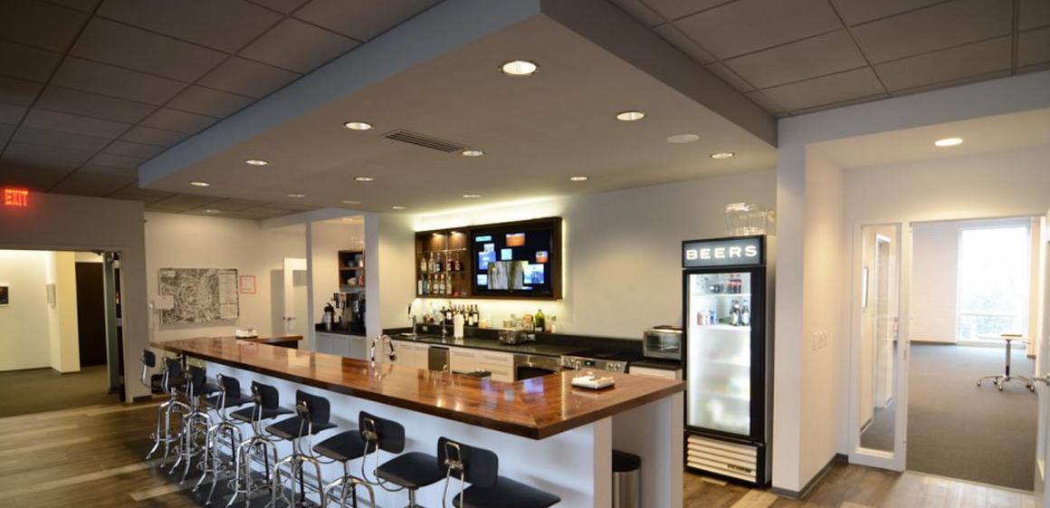 hub click cafe bar